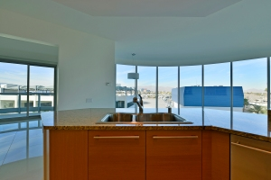 Turnberry Towers 407E
