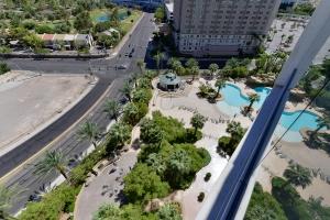 Turnberry Towers Las Vegas Condos